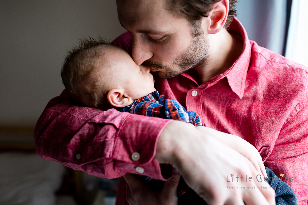 newborn baby and daddy having photograph taken in coventry